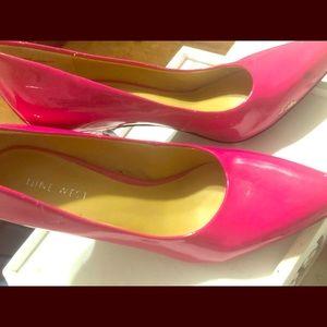 Fuchsia hot pink low heel Nine West sz7